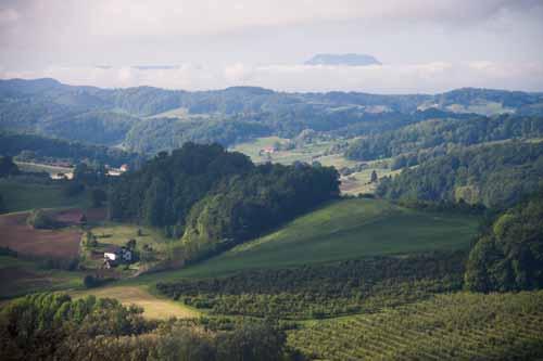 Mariborsko Pohorje in gričevje pod njim